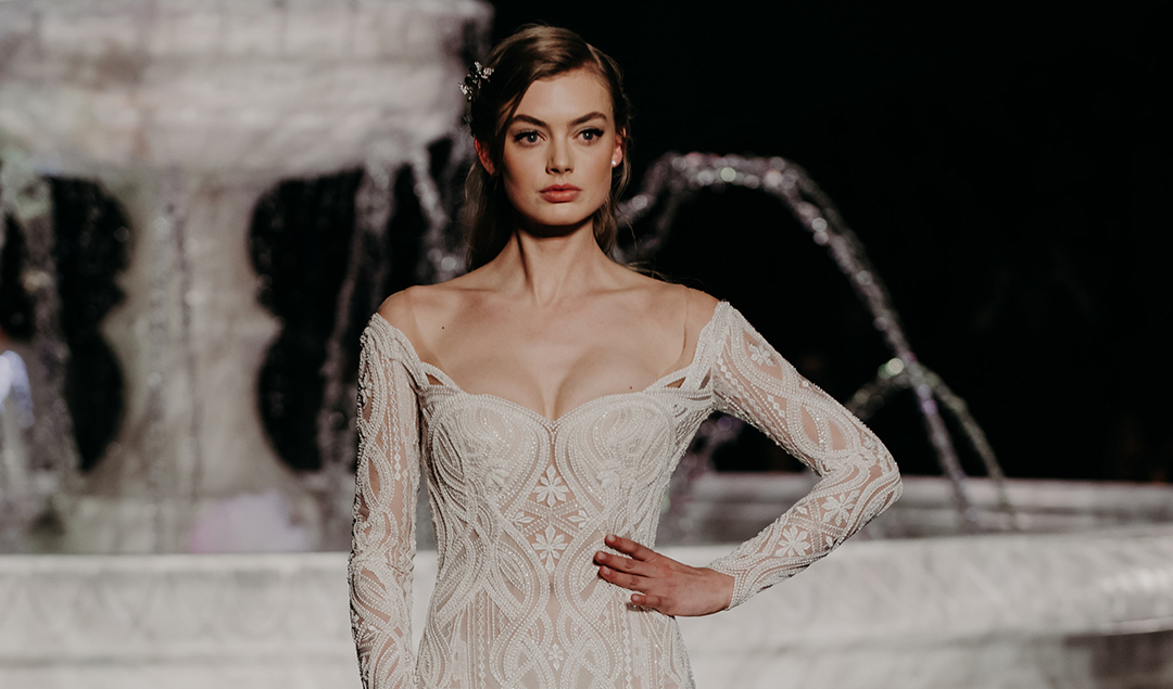 Pronovias - Collection 2018 - Barcelona Bridal Week - La mariée aux pieds nus - Photos : The Quirky