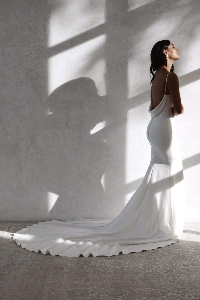 Blanche - Showroom de robes de mariée à La Rochelle - Blog mariage : La mariée aux pieds nus