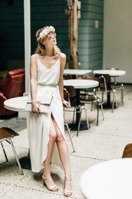 Camille MArguet - Robes de mariée - Collection mariage civil - Blog mariage : La mariée aux pieds nus