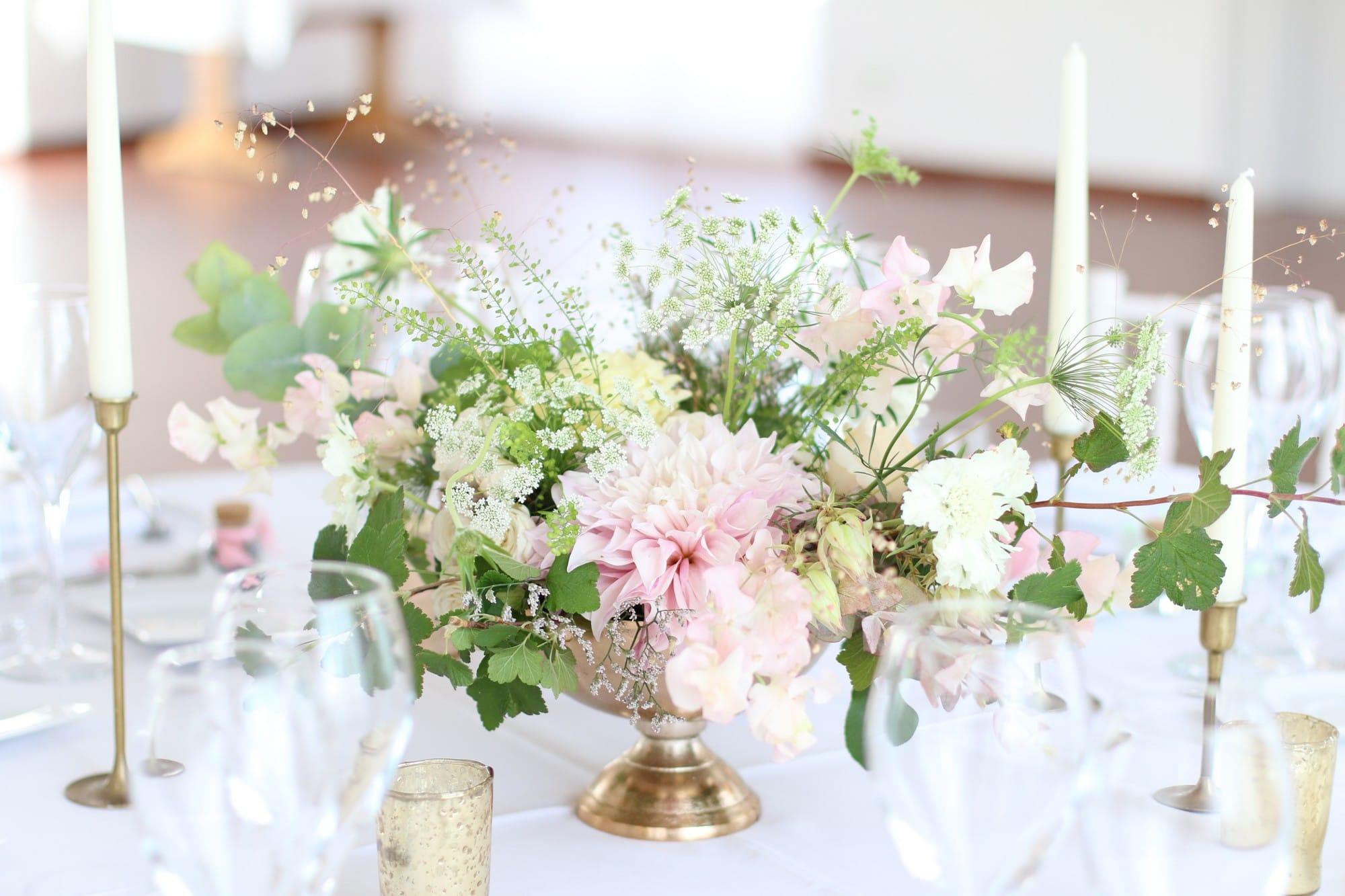 Capucine Atelier Floral - Fleuriste de mariage basée en Alsace - Blog mariage La mariée aux pieds nus