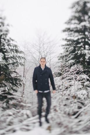 Capyture - Seance engagement sous la neige - La mariee aux pieds nus