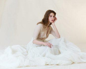 Cortana - Robes de mariée - Blog mariage : La mariée aux pieds nus