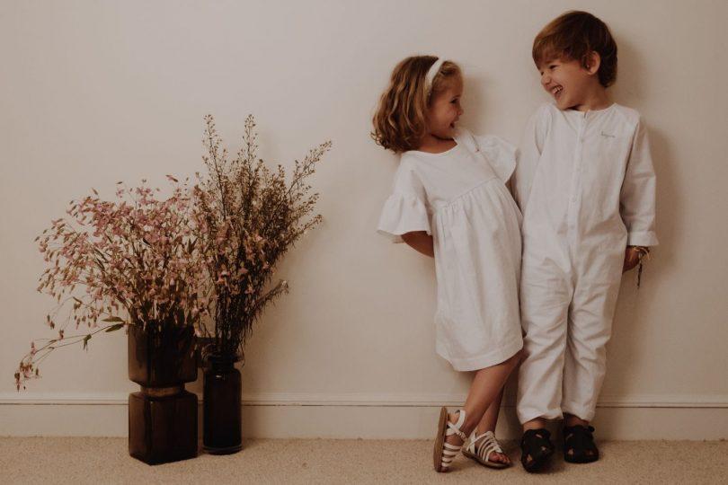 Donatelle Godart x La Demo - Tenues de cortège de mariage - Blog mariage : La mariée aux pieds nus