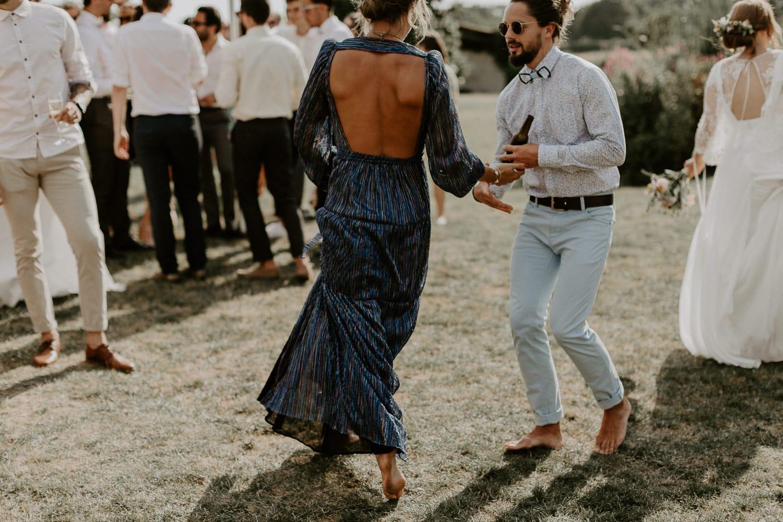 Dorothée Buteau - Photographe mariage - La mariee aux pieds nus