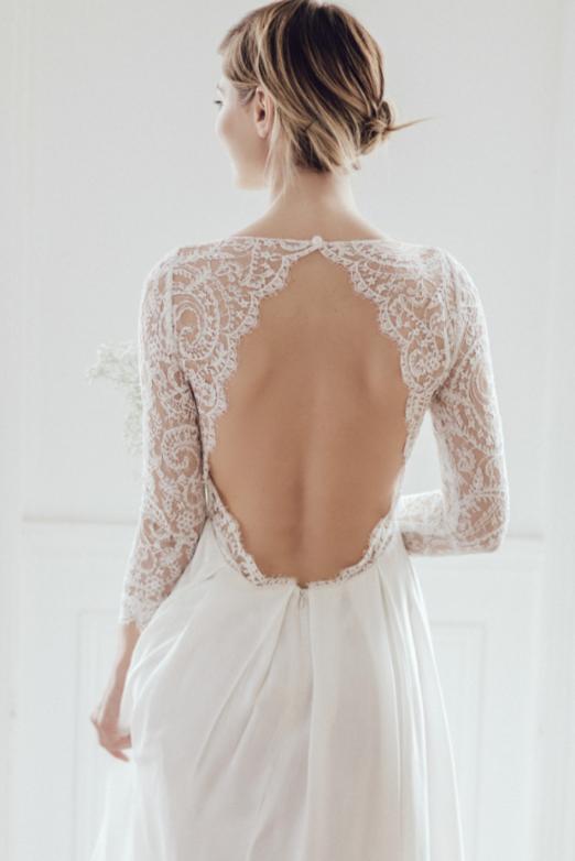 Louer sa robe de mariée - la mariee aux pieds