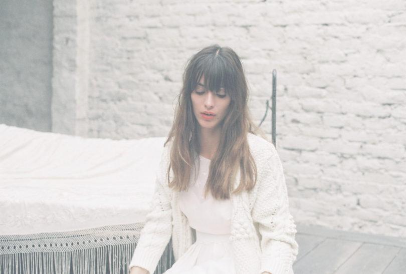 Elise Hameau - Robes de mariée - Collection 2017 - A découvrir sur le blog mariage www.lamarieeauxpiedsnus.com