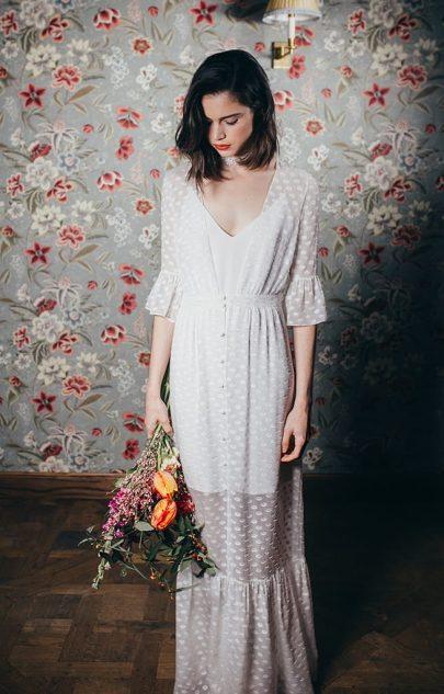 Elise Hameau - Robes de mariée - Collection mariage civil - 2018 - Photos : Iseut Vertie - Blog mariage : La mariée aux pieds nus