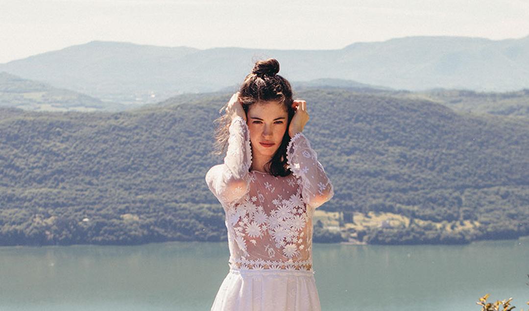 Elise Hameau - Robes de mariée - Collection 2018 - Blog mariage : La mariée aux pieds nus