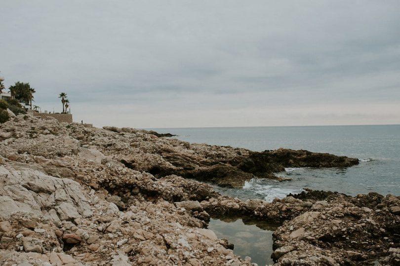 Une séance engagement à Eze - Photos : Madame A Photographie - Blog mariage : La mariée aux pieds nus