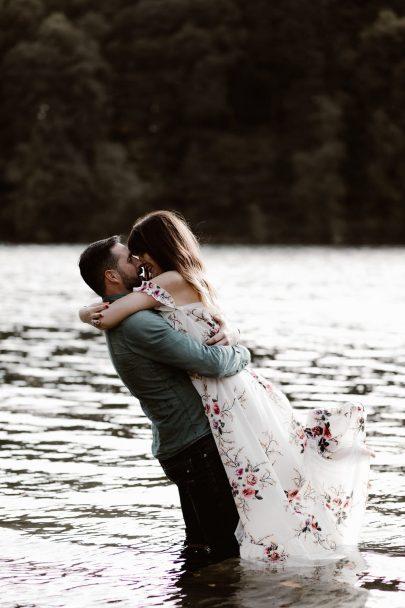 Une séance engagement en automne - Photos : Margaux Madeleine - Blog mariage : La mariée aux pieds nus
