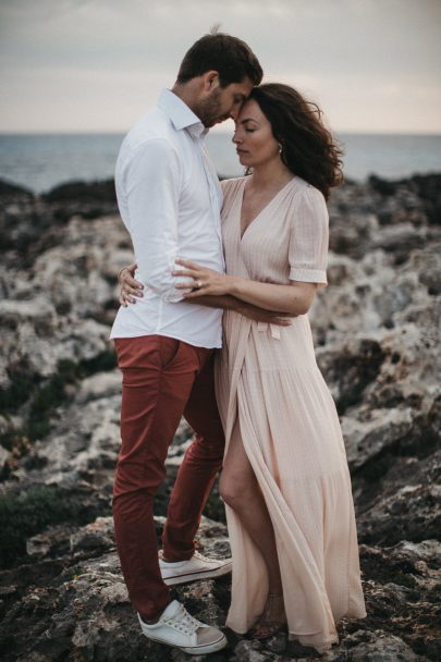 Une séance engagement à Minorque - Photos : Stephen Liberge - Blog mariage : La mariée aux pieds nus