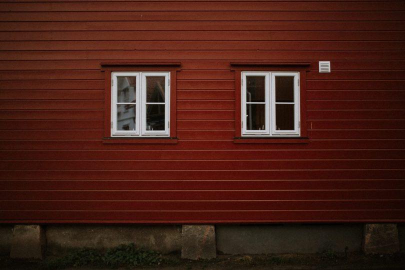 Une séance engagement en Norvège - Photos : Emilia and Valentin - Blog mariage : La mariée aux pieds nus