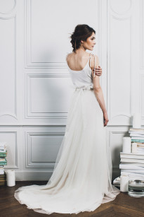 Lifestories Wedding - Carnets de mariage- Robes de mariee - Collection 2014 -  La mariee aux pieds nus