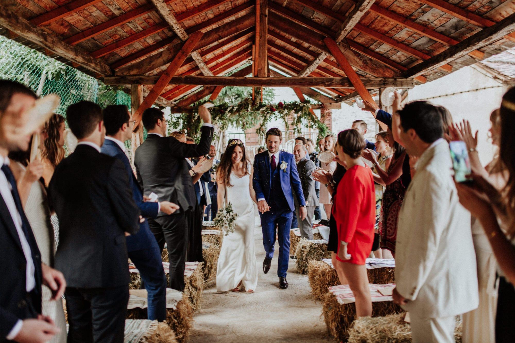REEGO - Photographe mariage - La mariée aux pieds nus