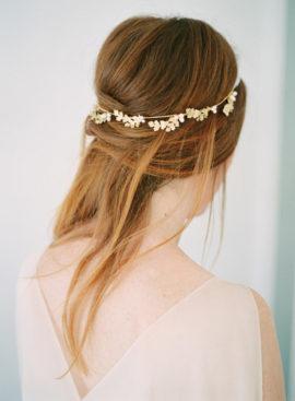 10 idées de coiffures de mariée naturelles à découvrir sur le blog mariage La mariée aux pieds nus - Photo : Imogen Xiana Photography