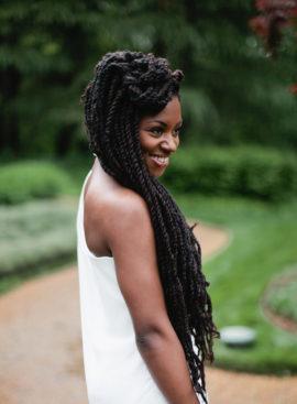 10 idées de coiffures pour cheveux afro - à découvrir sur www.lamarieeauxpiedsnus.com - Photo : Samantha Clarke