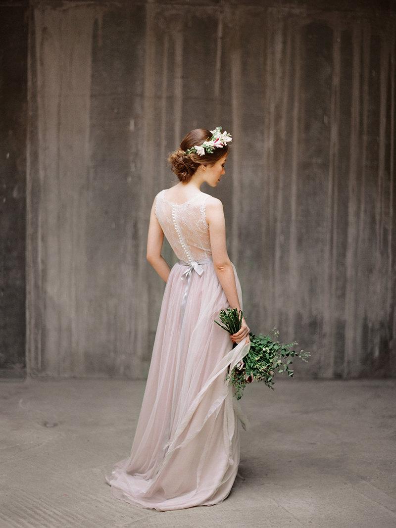 Une robe de mariee petit budget - La mariee aux pieds nus