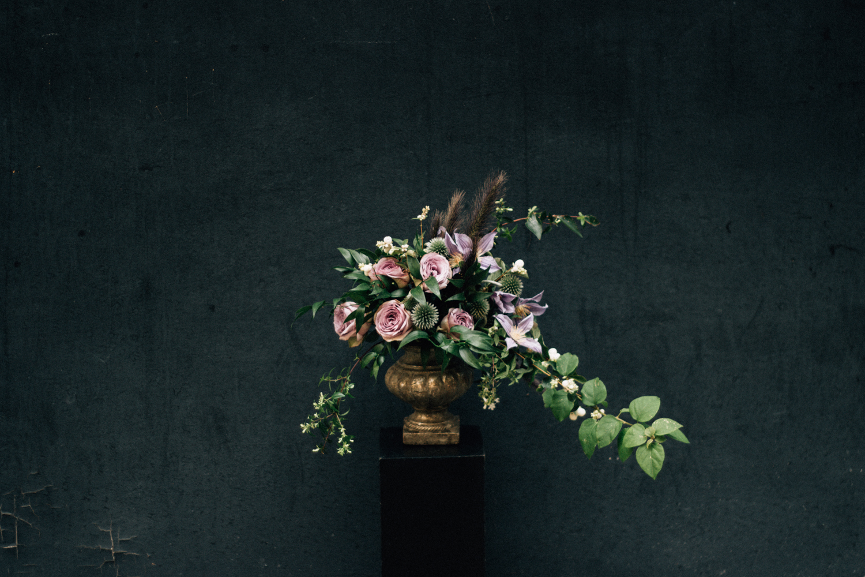 Julie Guittard - Fleuriste mariage Nice Cote d'Azur - La mariée aux pieds nus