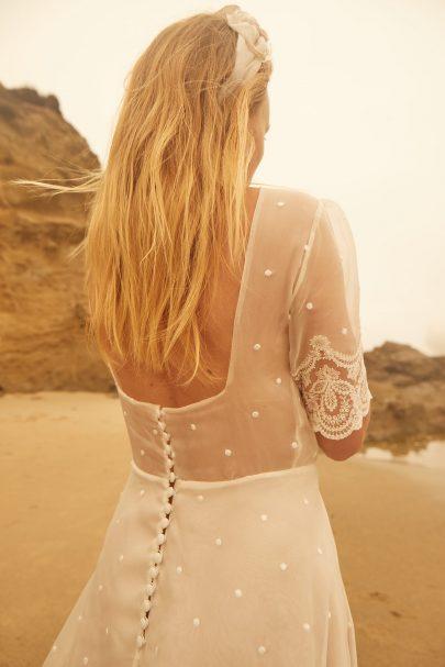 Christina Sfez - Robes de mariée - Collection 2022 - Blog mariage : La mariée aux pieds nus