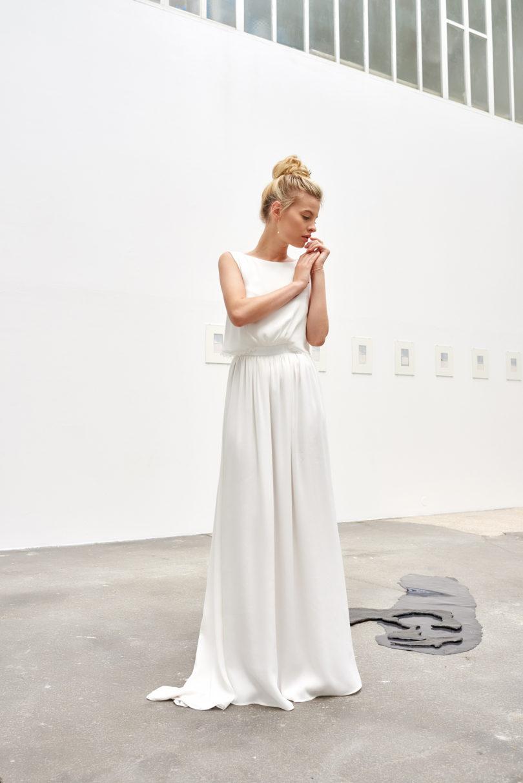 A découvrir sur le blog mariage www.lamarieeauxpiedsnus.com - Camille Marguet - Robes de mariée - Collection 2017 - Modele : Ellis