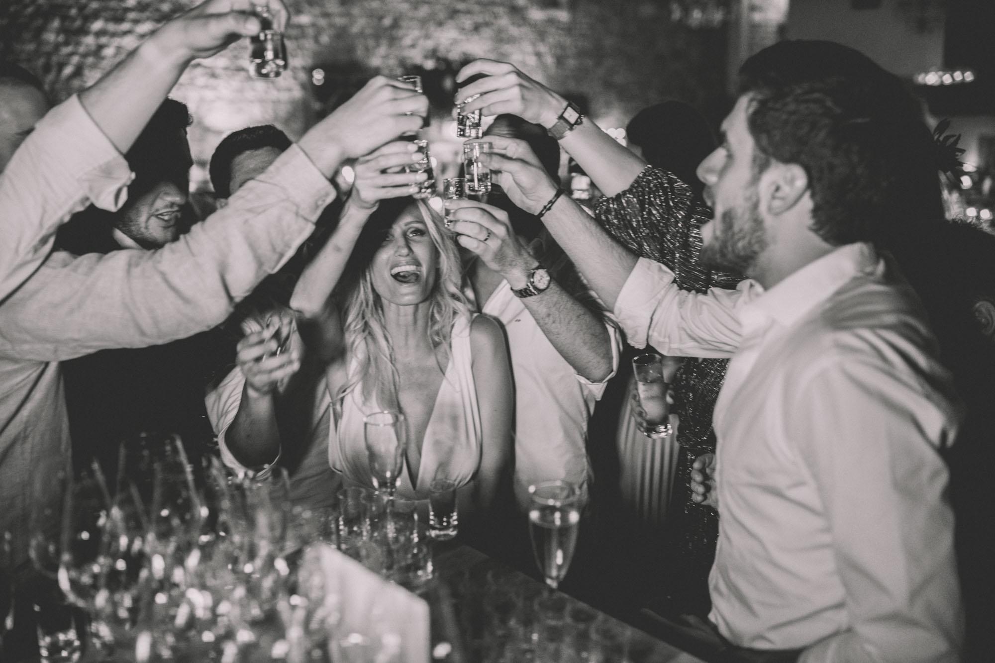 Les bandits : photographes & vidantes - Blog mariage : La mariée aux pieds nus.
