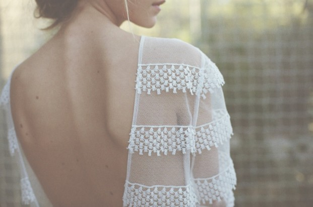 Donatelle Godart - Robes de mariée - collection 2017 - A découvrir sur le blog www.lamarieeauxpiedsnus.com