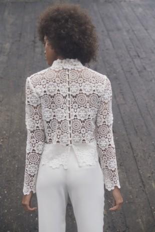 Elise Hameau - Robes de mariée courte - Collection civile 2017 - A découvrir sur le blog mariage www.lamarieeauxpiedsnus.com