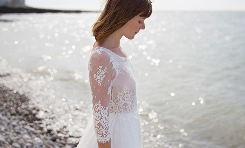 Elodie Michaud - Robes de mariée - Collection 2018 - Blog mariage : La mariée aux pieds nus