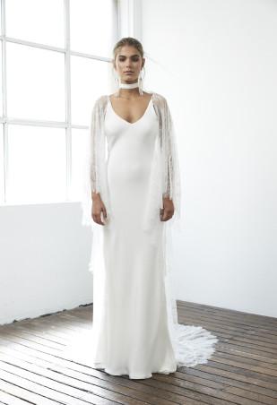 Grace Loves Lace - Robes de mariée - Collection Blanc - A découvrir sur le blog mariage www.lamarieeauxpiedsnus.com