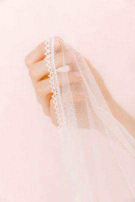 Les couronnes de Victoire - Collection voiles de mariée - Blog mariage : La mariée aux pieds nus