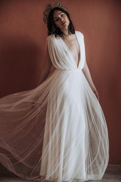 Verbena Madrid - Accessoires de mariée - Robes de mariée : Christina Sfez - Photos : Lorenzo Accardi - Blog mariage : La mariée aux pieds nus