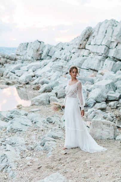 """Louise Valentine - Robes de mariée - Collection 2021 """"L'échappée Belle"""" - Crédits photos : Thomas Audiffren - Blog mariage : La mariée aux pieds nus."""