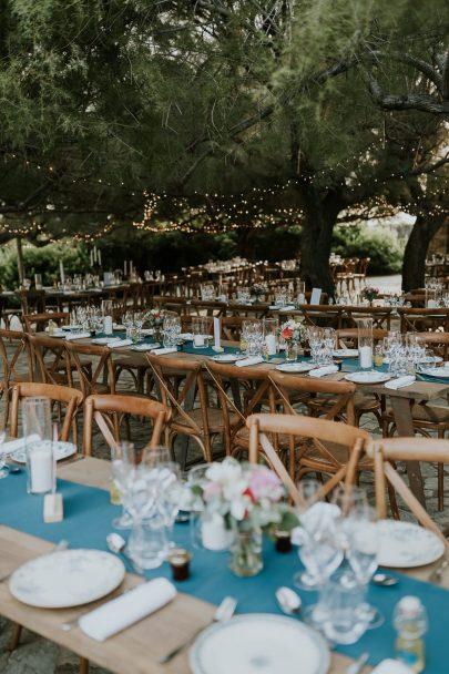 Un mariage au rocher Lumio en Corse - Photos : Madame B Photographie - Blog mariage : La mariée aux pieds nus