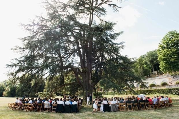 Un mariage aux accents exptiques en Sologne - A découvrir sur le blog mariage www.lamarieeauxpiedsnus.com - Photos : Eugénie Hennebicq