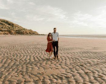 Séance engagement - Crédits photos : Typhaine J Photographie - Blog mariage : La mariée aux pieds nus.