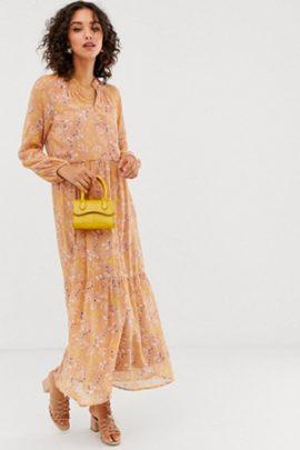 Sélection shopping : Tenues de demoiselles d'honneur et invitées pour un mariage pastel