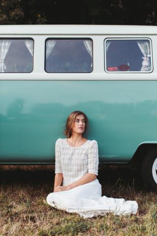 La mariée aux pieds nus - Lorafolk - Robes de mariée - Collection 2017 - Modele Igor et Anja