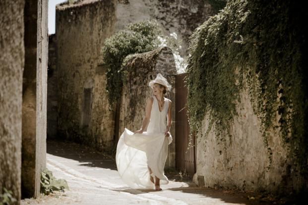 Victoire Vermeulen - Robes de mariée collection 2017 - A découvrir sur www.lamarieeauxpiedsnus.com