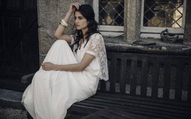 Laure de Sagazan - Robes de mariée - Collection 2017 - A découvrir sur le blog www.lamarieeauxpiedsnus.com - Photos : Laurent Nivalle
