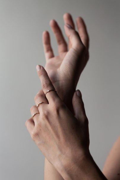 Leila Buecher - Joaillerie sur-mesure et accessible - Blog mariage La mariée aux pieds nus
