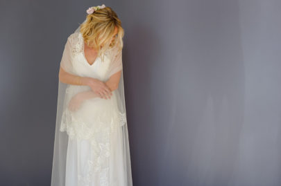 Louise Dentelle - Robes de mariée - Collection 2016 à découvrir sur le blog mariage www.lamarieeauxpiedsnus.com