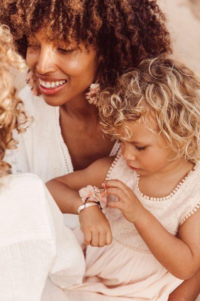 Louise Misha x Les couronnes de Victoire - La collab accessoires de mariée - Blog mariage : La marie aux pieds nus