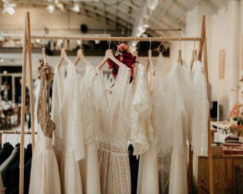 LOVE.ETC - le festival mariage - Paris - LEs robes de mariée - Photos : Baptiste Hauville - Blog mariage : La mariée aux pieds nus