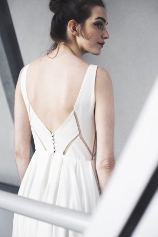 Mademoiselle de Guise - Robe de mariée - Collection 2017 - A découvrir sur le blog mariage www.lamarieeauxpiedsnus.com - Modele : Mathilde