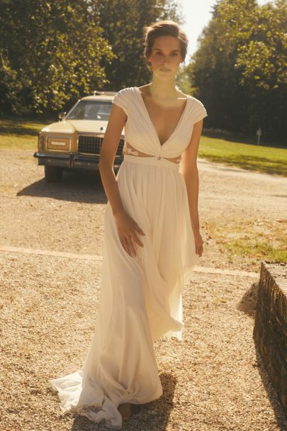 Margaux Tardits - Robes de mariée - Collection 2022 - Blog mariage : La mariée aux pieds nus