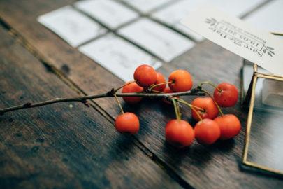 Un mariage aux couleurs de l'automne - Un éditorial à découvrir sur le blog mariage www.lamarieeauxpiedsnus.com - Photos : Pierre Atelier - Organisation : Parisian Inspired