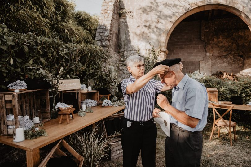 Un mariage bohème et végétal dans le Béarn - Photos : Patricia Hendrychova-Estanguet - Blog mariage : La mariée aux pieds nus