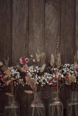 Un mariage bohème au Domaine de la Molière en Auvergne - Photos : Arty Photos - Blog mariage : La mariée aux pieds nus
