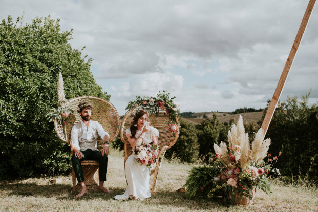 Un mariage boho au Château de Fajac - Toulouse - A découvrir sur le blog mariage www.lamarieeauxpiedsnus.com - Photos et vidéo : The Quirky