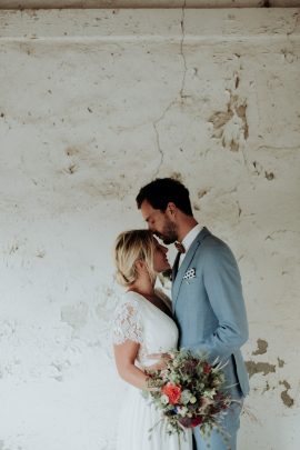 Un mariage en Camargue au Mas du Juge - Photos : Lorenzo Accardi - Blog mariage : La mariée aux pieds nus